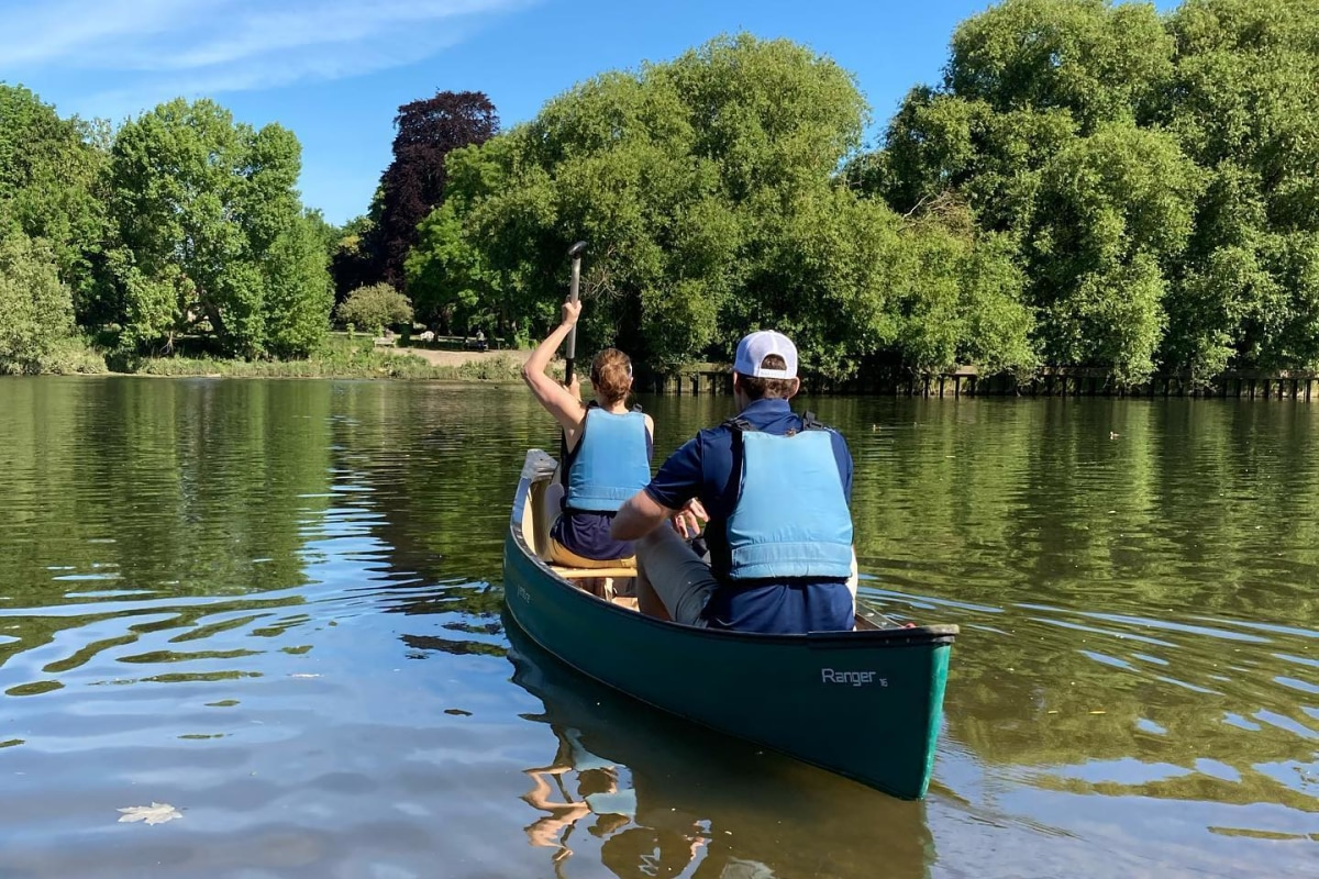 Book now a canoeing session