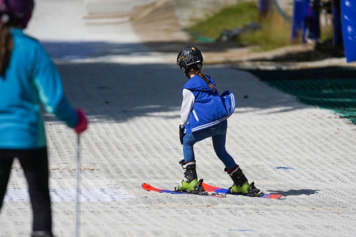 book dry ski slope