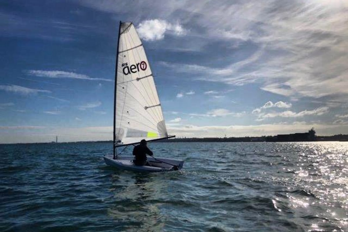 Book sailing with SWAC