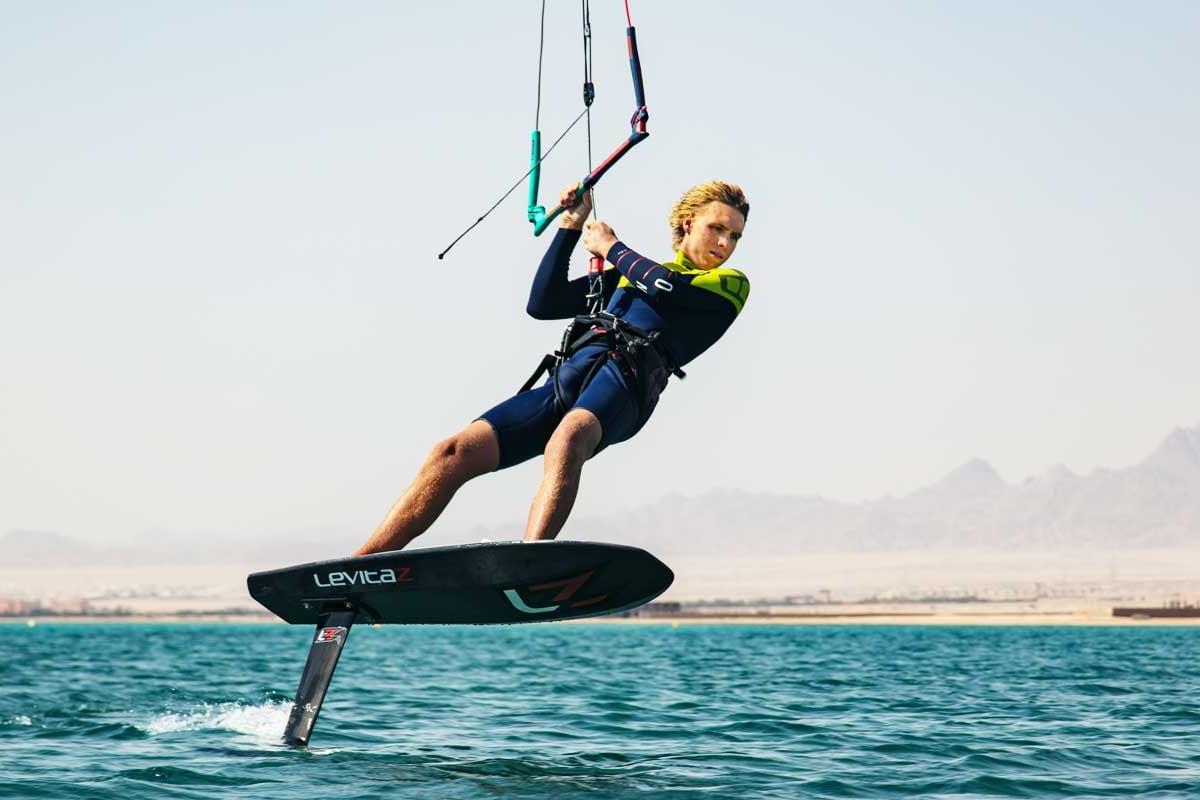 olly bridge kitesurfing