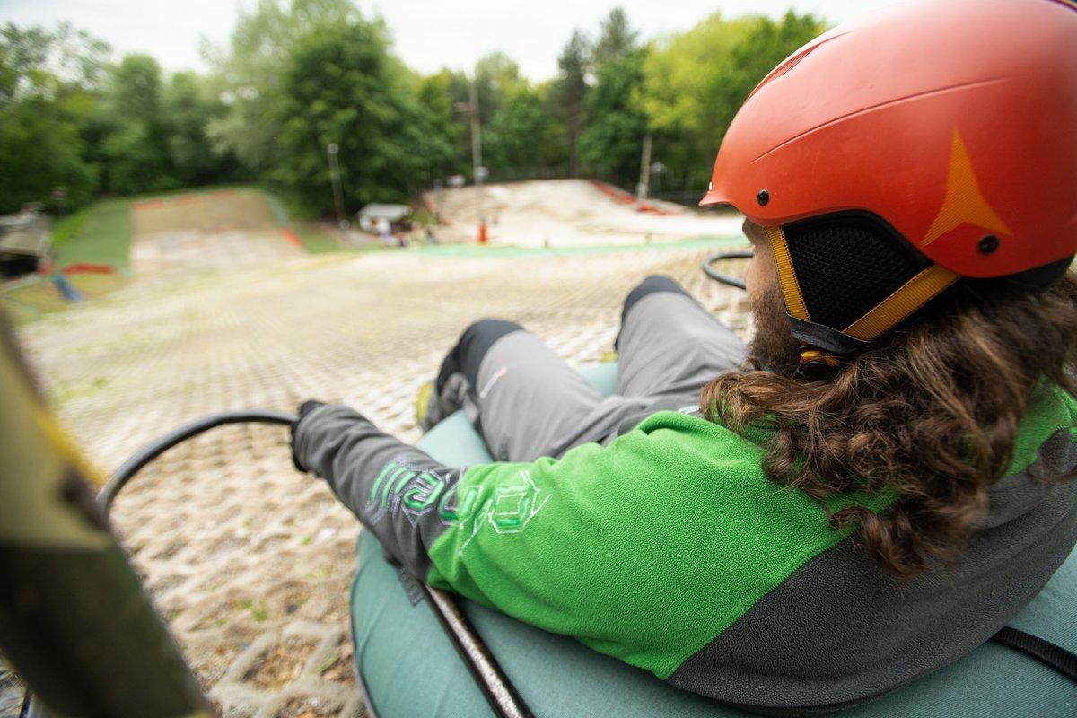 donutting tubing ski slope