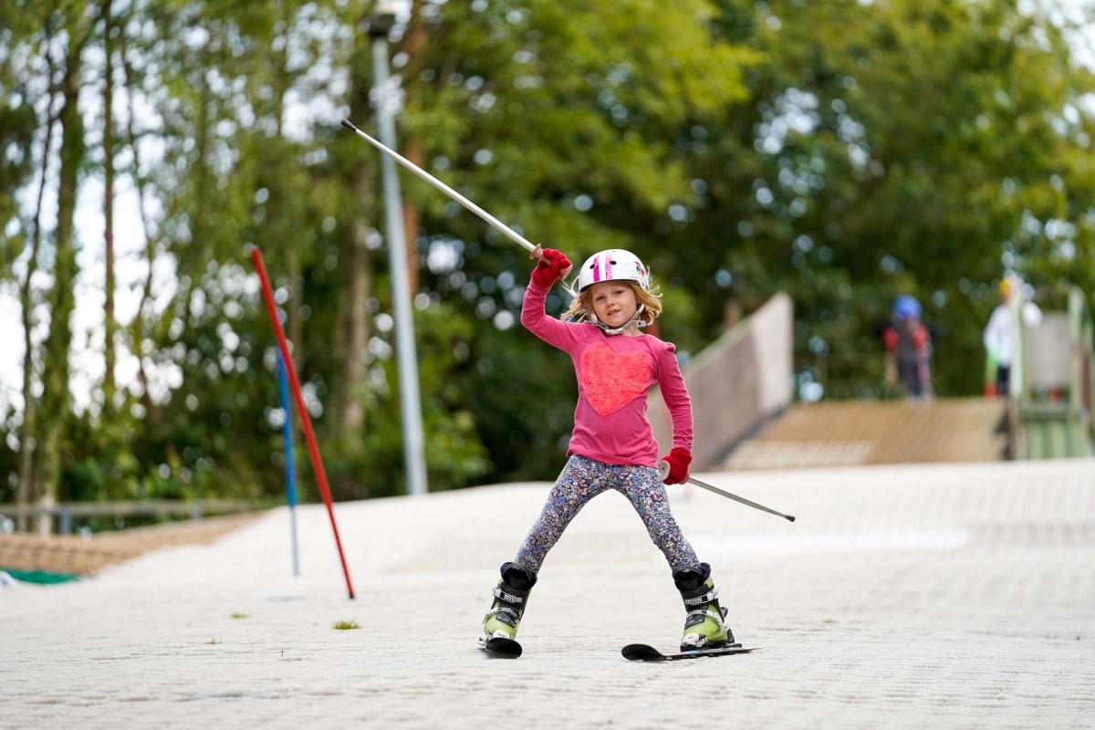 learn to ski kids uk