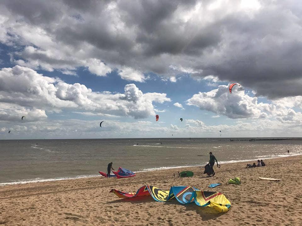 Kitesurfing in Clacton-on-sea