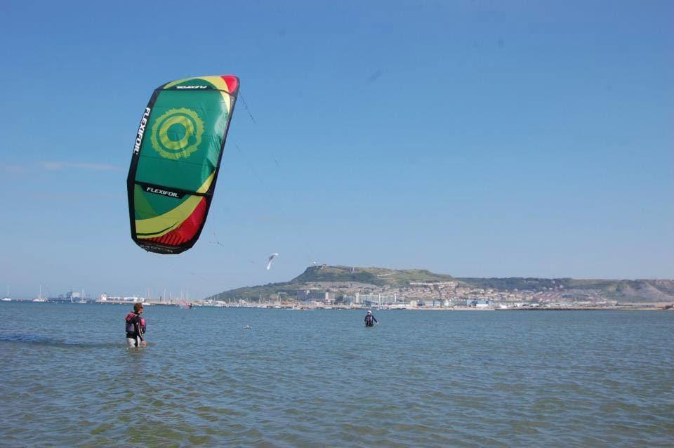Kitesurfing in Weymouth