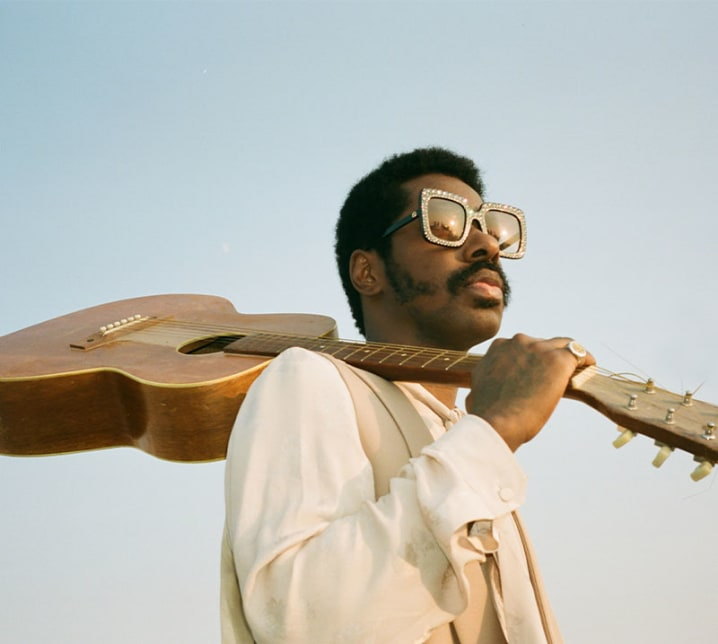 """Curtis Harding Shares New Track """"With You"""""""