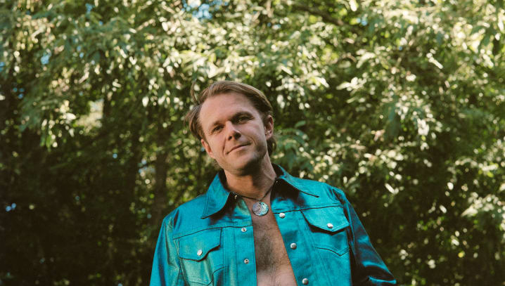 """Josiah Johnson Announces Debut Solo Album 'Every Feeling On A Loop', Shares Video For New Single """"Nobody Knows'"""