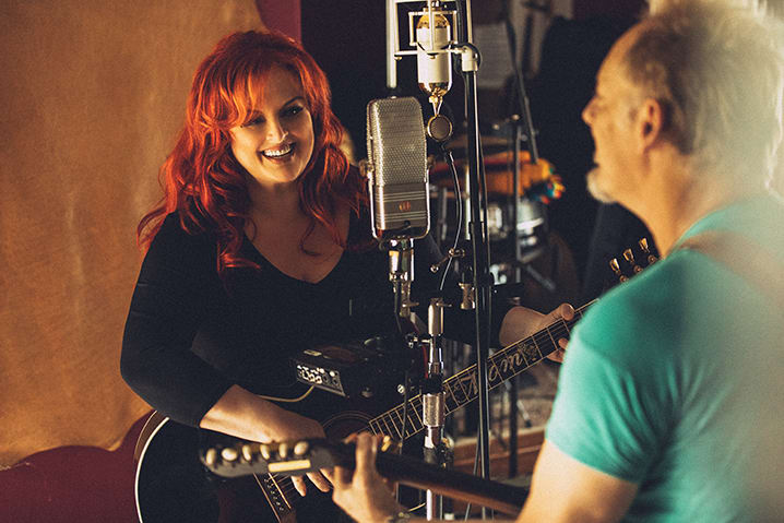 Wynonna Releases Heartfelt 'Recollections' EP
