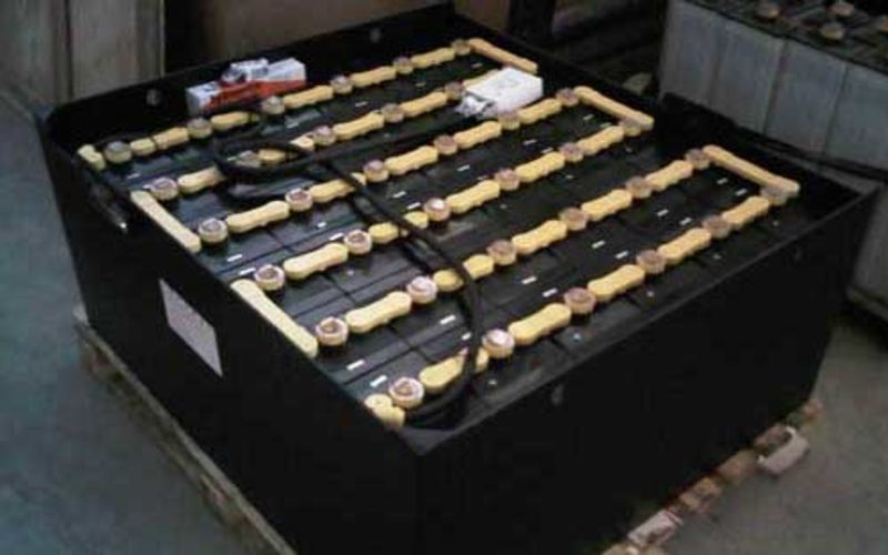 Battery Forklift Murah