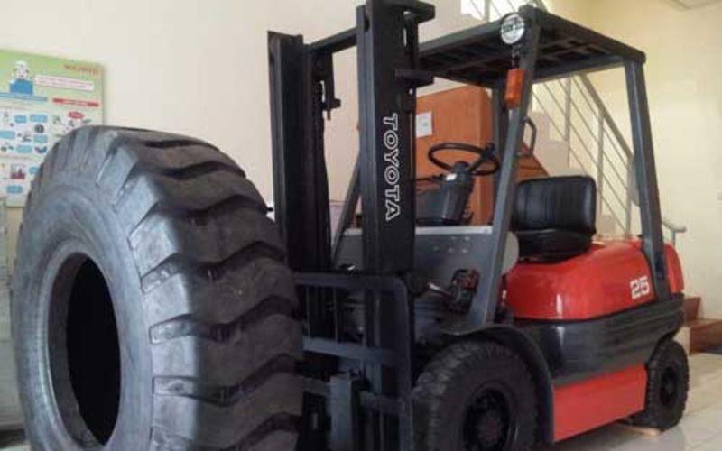 Forklift Bekas Toyota