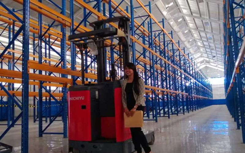 Jual Nichiyu Reach Truck Warehouse Application