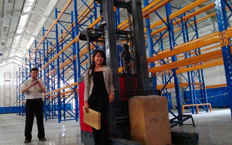 Jual Nichiyu Forklift for Warehouse Application