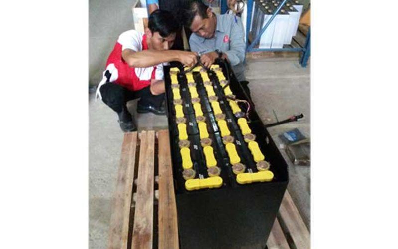 Jual Yuasa GS Forklift Battery Murah