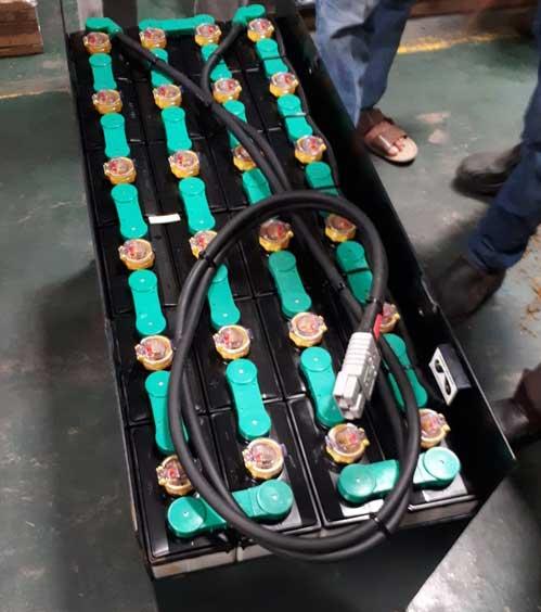 Jual Battery Forklift Hitachi