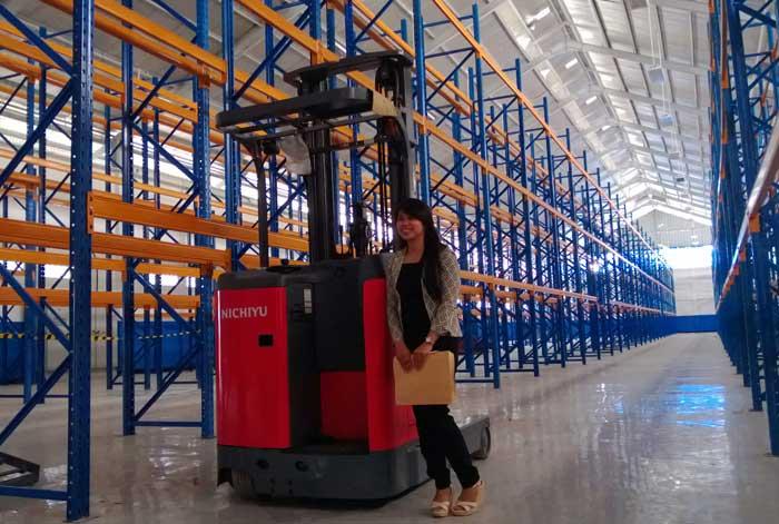 Jual Nichiyu Reach Truck Warehouse Application