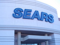Sears Holdings Widens Net Loss in Q2, Misses on Revenue View Also