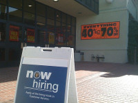 Initial Jobless Claims Inch Down by 2,000 in Week Ended June 21