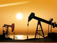 Independent Oil & Gas Companies Trading Higher With Rising Crude Futures