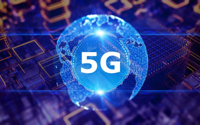 Every Investor Must Be Aware of 2 Big Developments in America's 5G Rollout