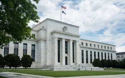 Fed's Odd Dilemma: Low Unemployment but Pressure to Do More