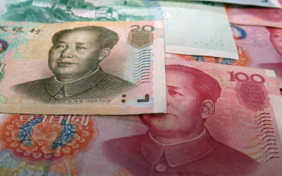 ​The Yuan's Falling, and the Market's Not Panicking