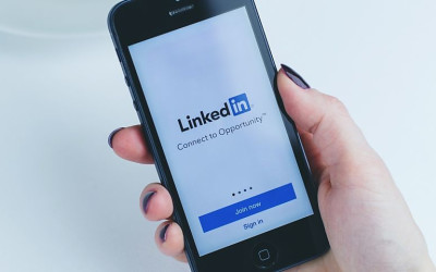 6 Ways to Be Engaged on LinkedIn and Not Just Active