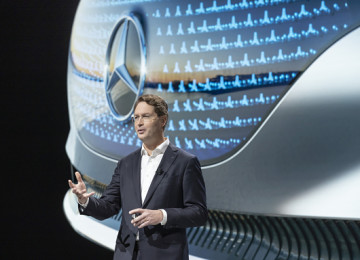 Daimler Beats Q3 Forecast, Citing Faster-Than-Expected Market Recovery