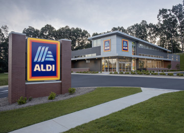 Aldi Is Latest Company To Pay Employees Who Get COVID-19 Vaccine