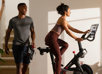 Peloton Beats Revenue Estimates, More Than Doubles Subscribers