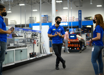 Best Buy To Lay Off Undisclosed Number of Store Employees; Cites Customer Shift to Online Shopping