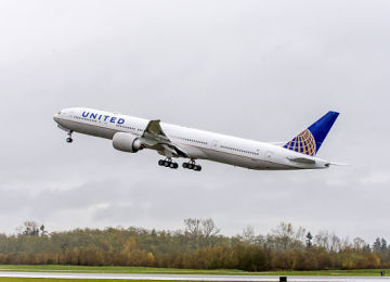 United Airlines Pilots Approve Deal To Avert Layoffs