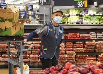 Walmart To Move More Workers to Full Time Basis To Attract and Retain Employees