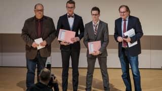 Patrick Morro, Preisträger Sven Fackert und Christian Günther, Dieter Weber (v.l.n.r.)