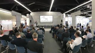 Florian Schneiders Vortrag zum Smarten User in der Smart Factory