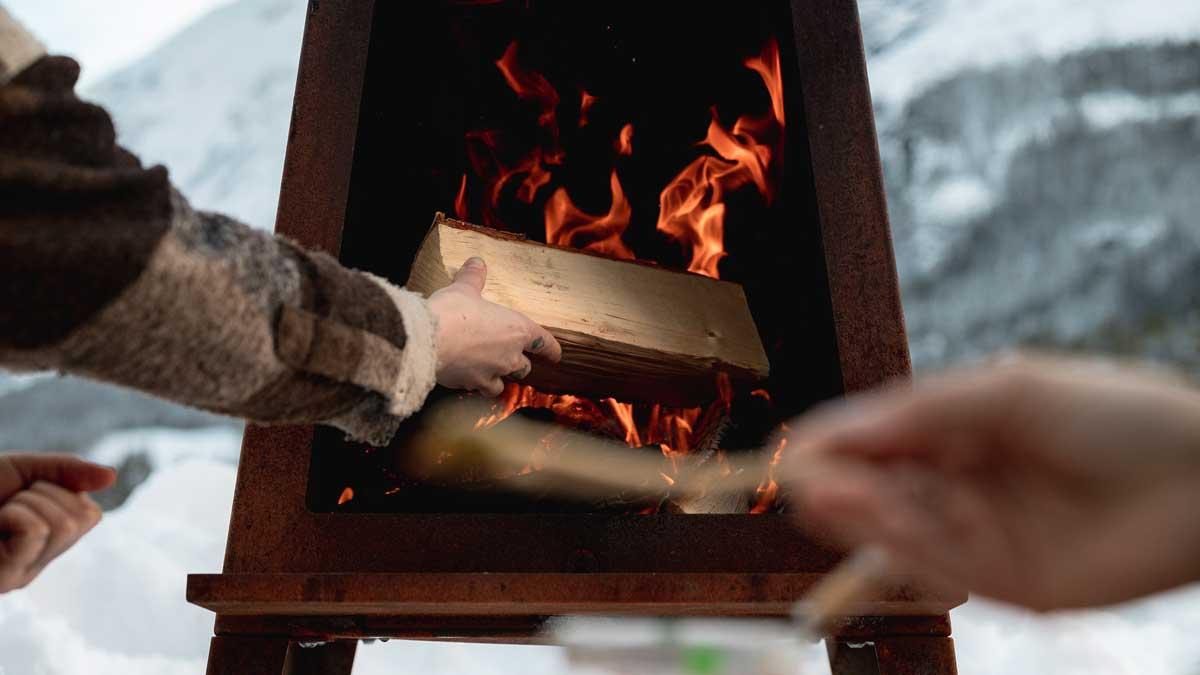 Utepeis 165 har et brennkammer med ekstra god lufttilførsel.