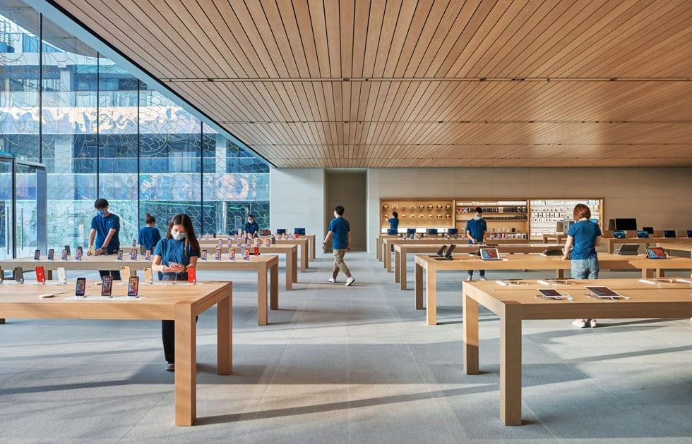 new-apple-sanlitun-opens-in-beijing-20200717-2