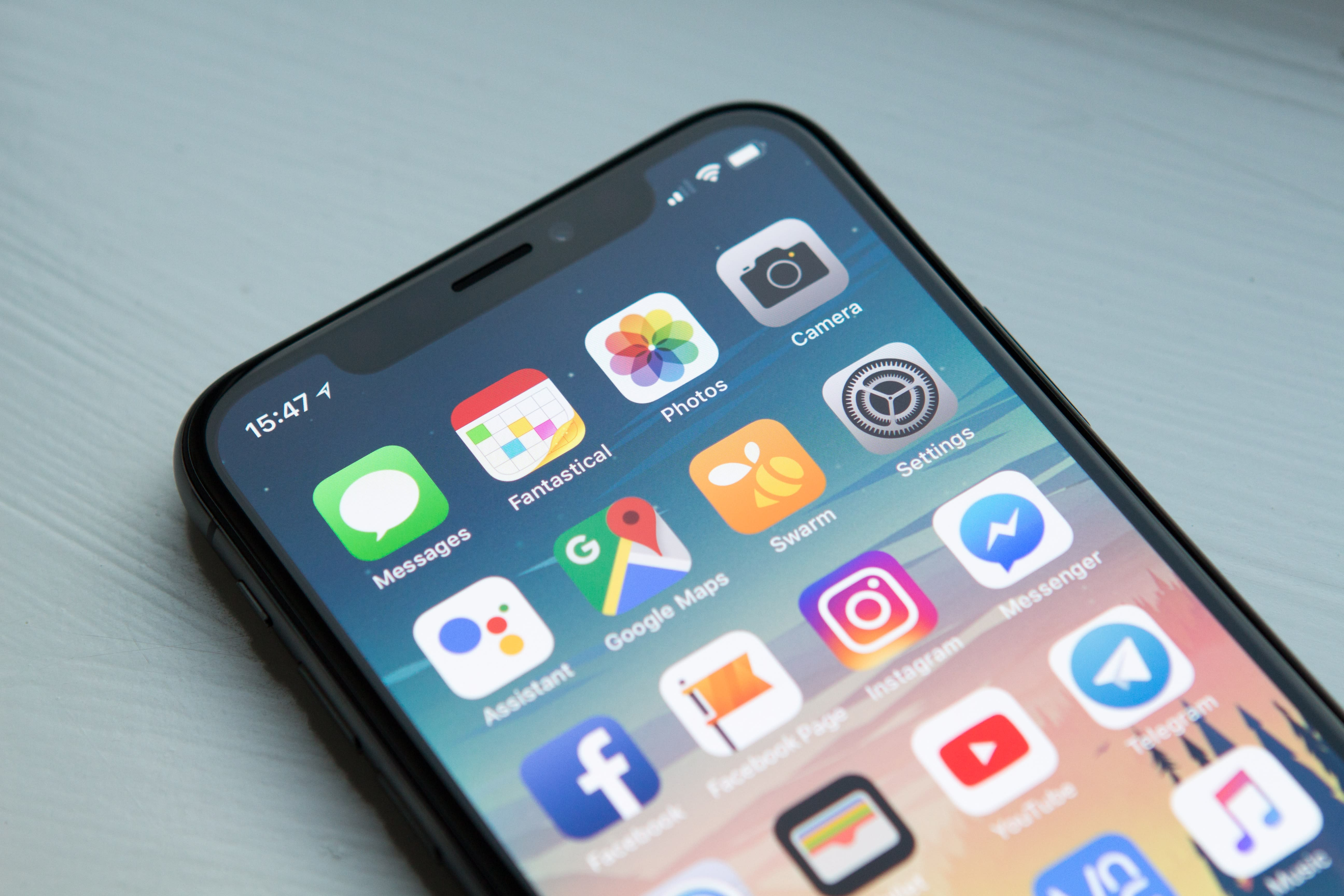 ios-14-privacy-update-ignites-discussion-between-facebook-and-apple-20200828-2