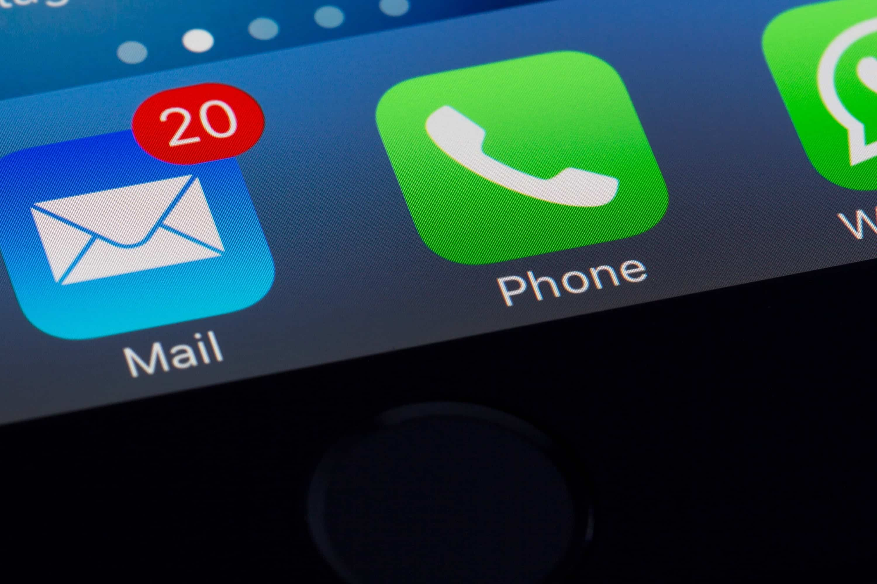 ftc-warns-against-scam-calls-pretending-to-be-apple-20201204-1