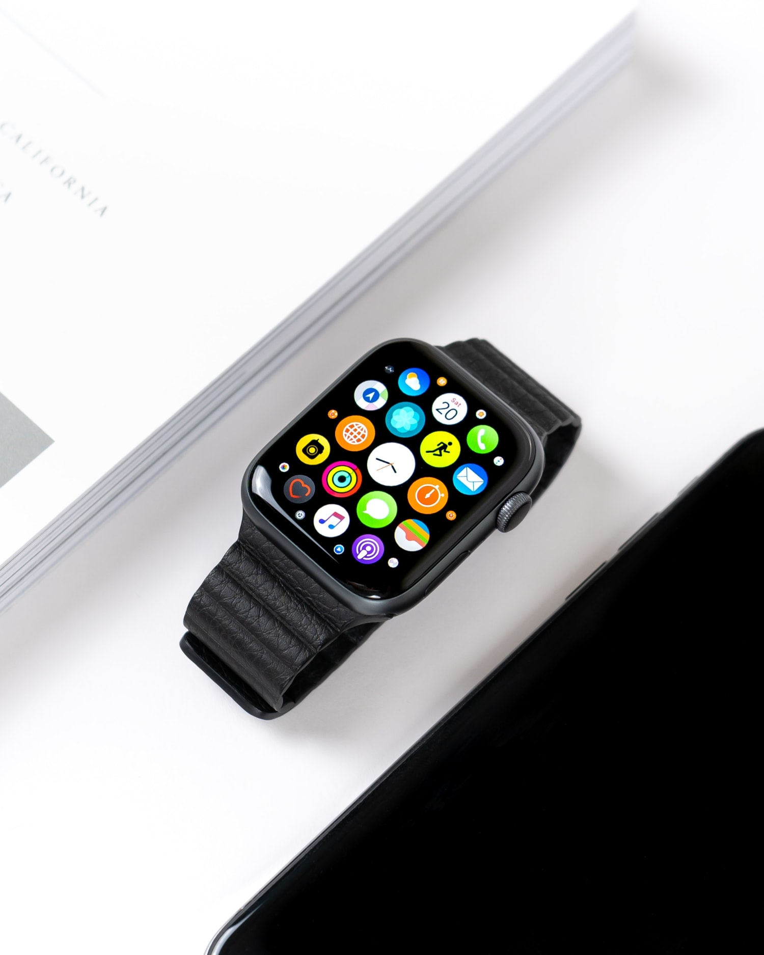 upcoming-apple-watch-6-monitors-your-blood-oxygen-levels-20200731-1