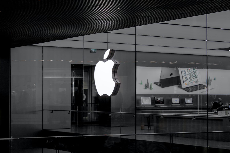 new-apple-flagship-store-at-oakridge-center-arriving-2024-20200820-1
