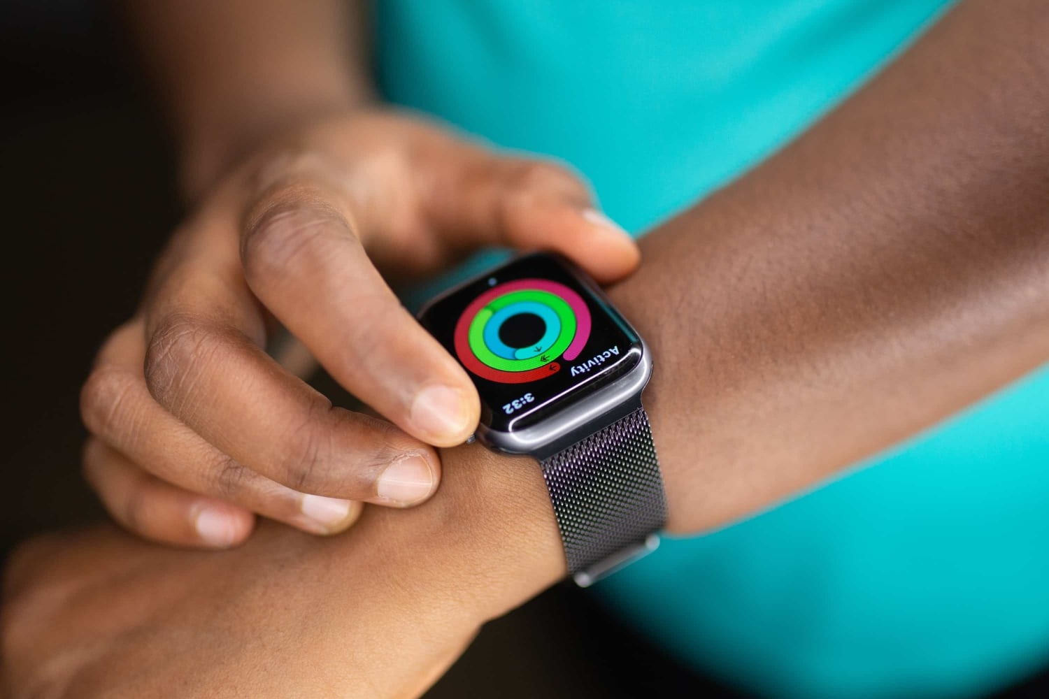 always-on-blood-pressure-measuring-could-come-to-future-apple-watches-20201127-1