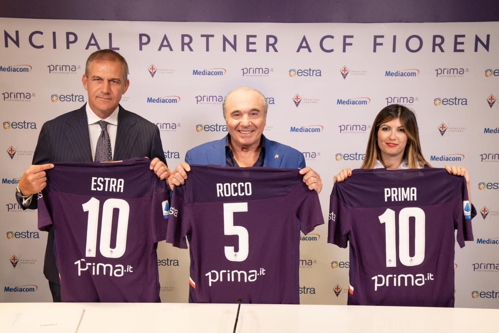 Estra sulla maglia della Fiorentina