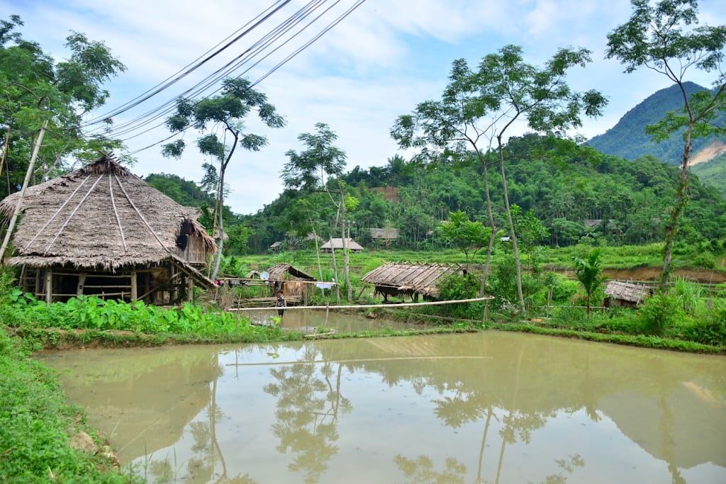 Pu Long Vietnam - village house