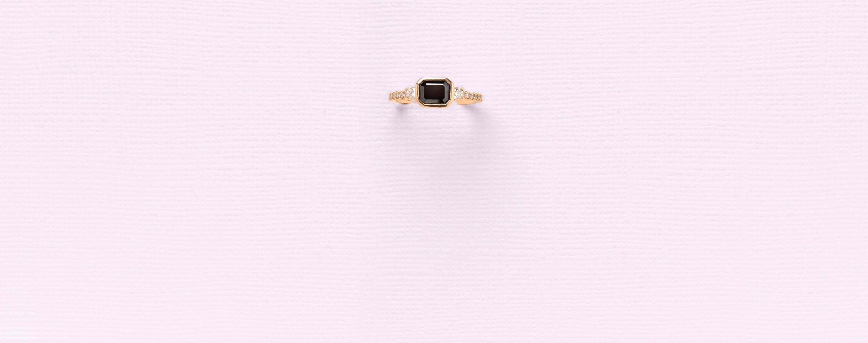 Eterneva ring