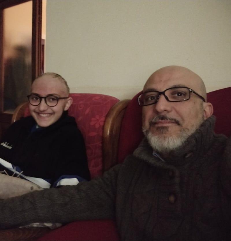 Eugenio e Remigio sul divano