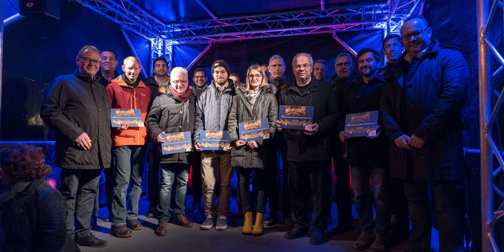 Spendenübergabe der Aktion sozialer Weihnachtsbaum in Saarburg