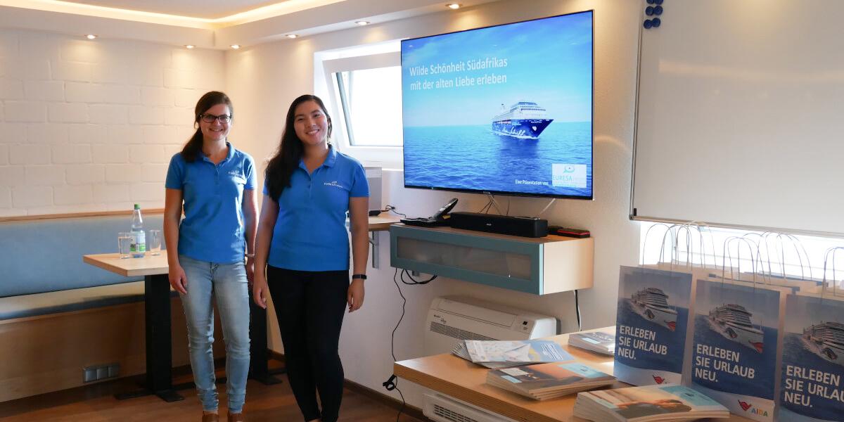 Mi und Julia Mein Schiff Kreuzfahrt-Vortrag