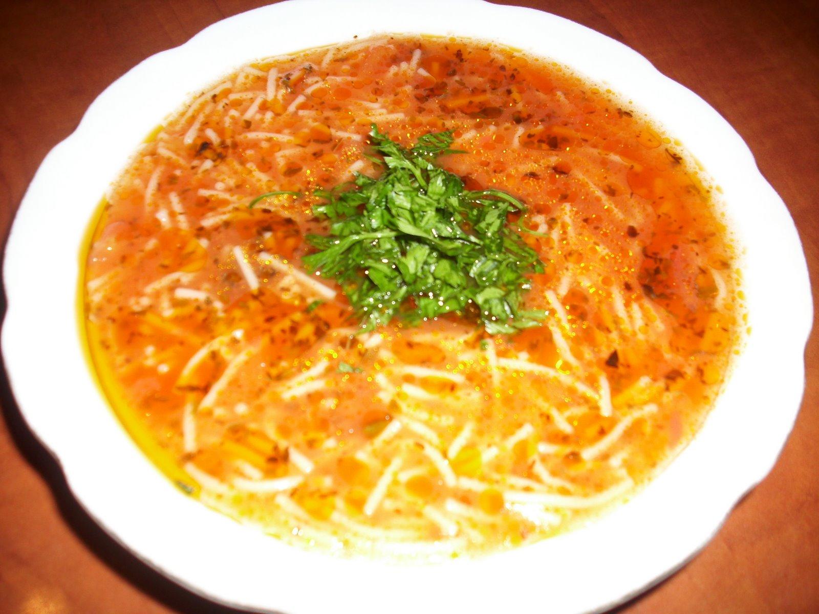 Tavuklu Şehriye Çorbası Tarifi