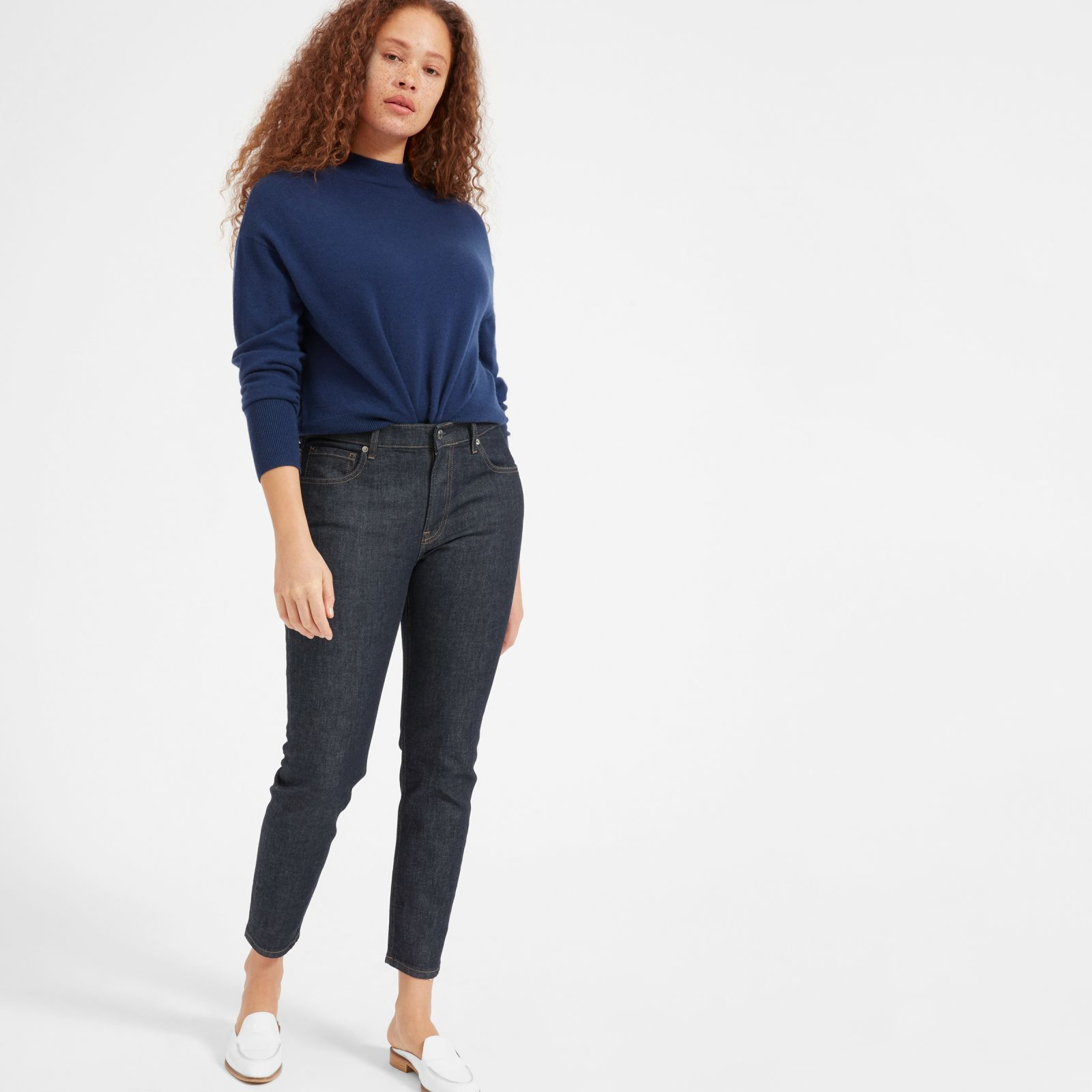 women's mid-rise skinny jean by everlane in dark indigo, size 23