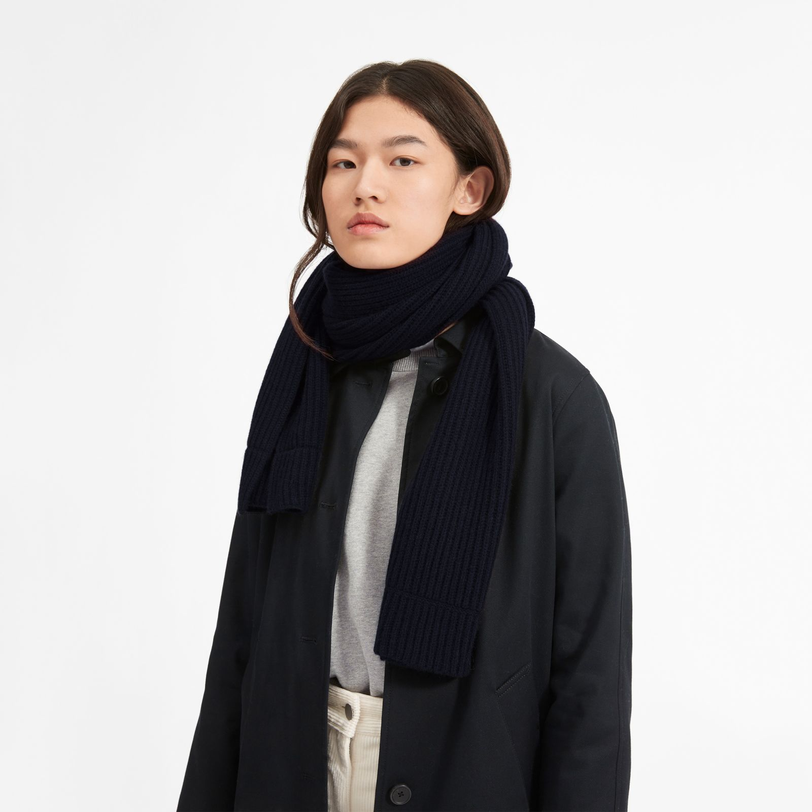 women's cashmere rib scarf by everlane in navy