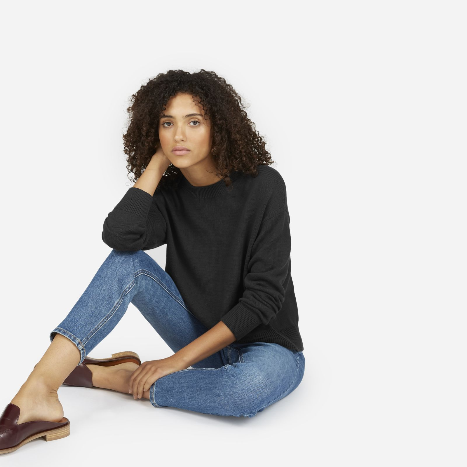 women's cotton long-sleeve crew sweater by everlane in washed black, size xl